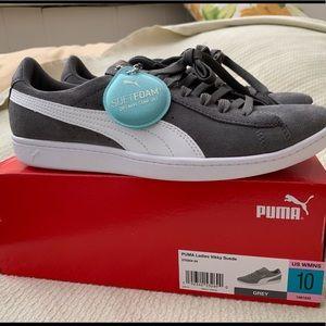 Puma Vikky Memory Foam Sneaker Sz 10